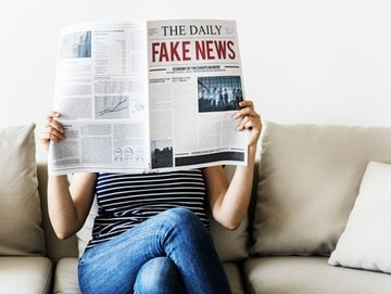 fake news uses intrigue to capture attention through headlines